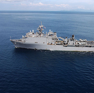 Buque USS Fort McHenry (archivo)
