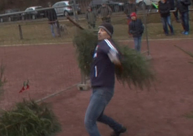 ¿Ya has tirado el árbol de Navidad? Los alemanes tienen una manera original de hacerlo