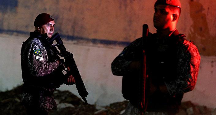 Agentes de la Fuerza Nacional de Brasil