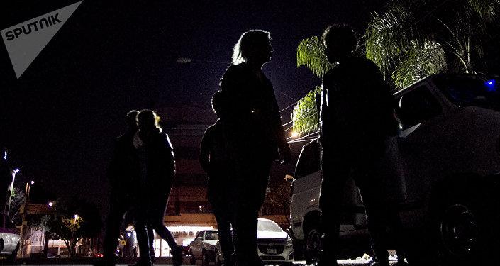 Reyes magos punks terminan su noche de repartición