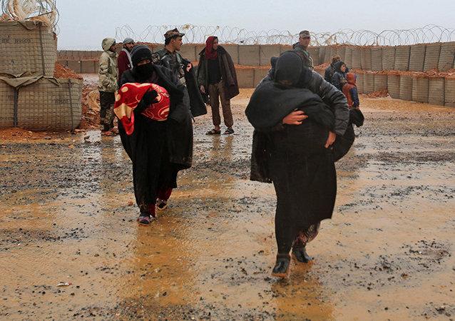Refugiados sirios en el campamento de Rukban