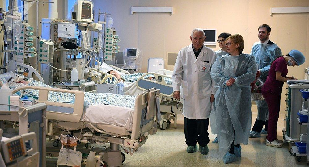 El hospital donde se encuentra el menor de 11 meses quien fue hallado en Magnitogorsk el pasado 31 de diciembre tras el derrumbe de un edificio de vivienda