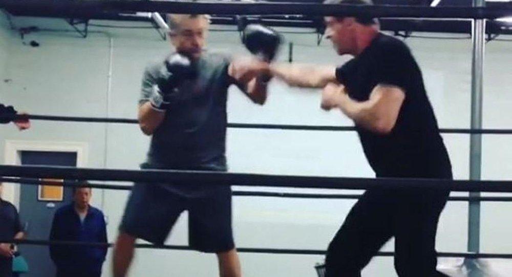 Silvester Stallone contra Robert De Niro en el ring