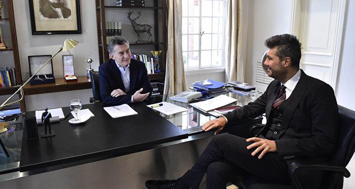 Mauricio Macri, actual presidente de Argentina, y Marcelo Tinelli, conductor televisivo, en la Quinta de Olivos