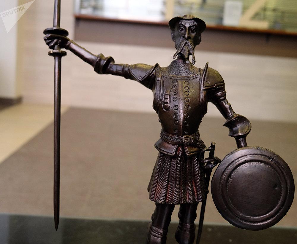 Estatua de Don Quijote, regalo para Vladímir Putin