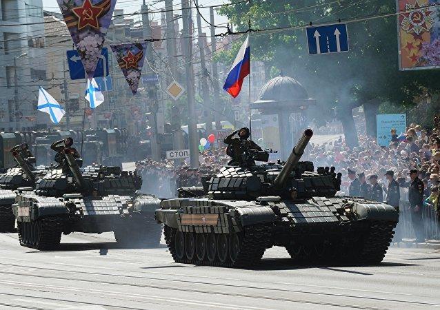 Tanques T-72 en Kaliningrado
