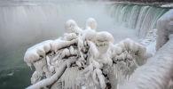 El invierno ha llegado a las cataratas del Niágara