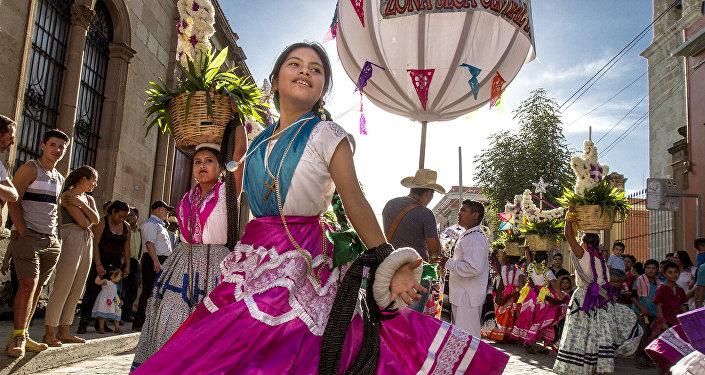 Una niña indígena en Ciudad de México