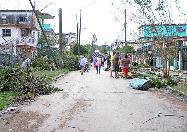 Las consecuencias del tornado en La Habana, Cuba