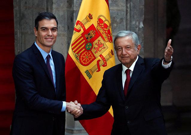 El presidente del Gobierno español, Pedro Sánchez, y el presidente de México, Andrés Manuel López Obrador