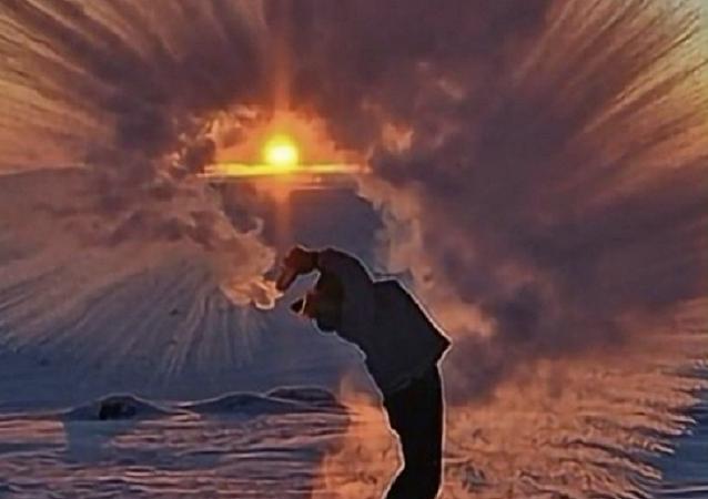 El extremo frío ruso, la estrella de un nuevo desafío en las redes