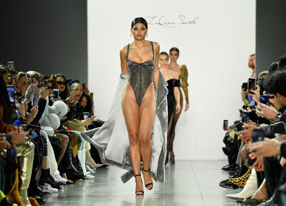 Belleza natural: LaQuan Smith apuesta por las modelos con curvas
