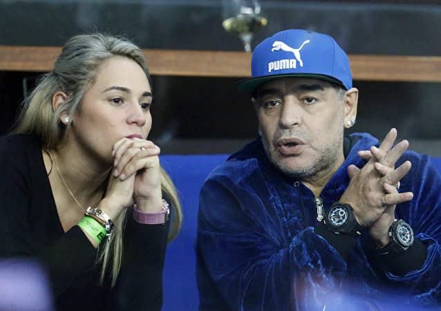 Diego Maradona y Rocio Oliva (archivo)
