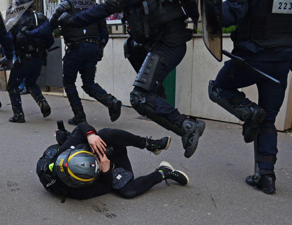 Manifestaciones de los 'chalecos amarillos' en París.