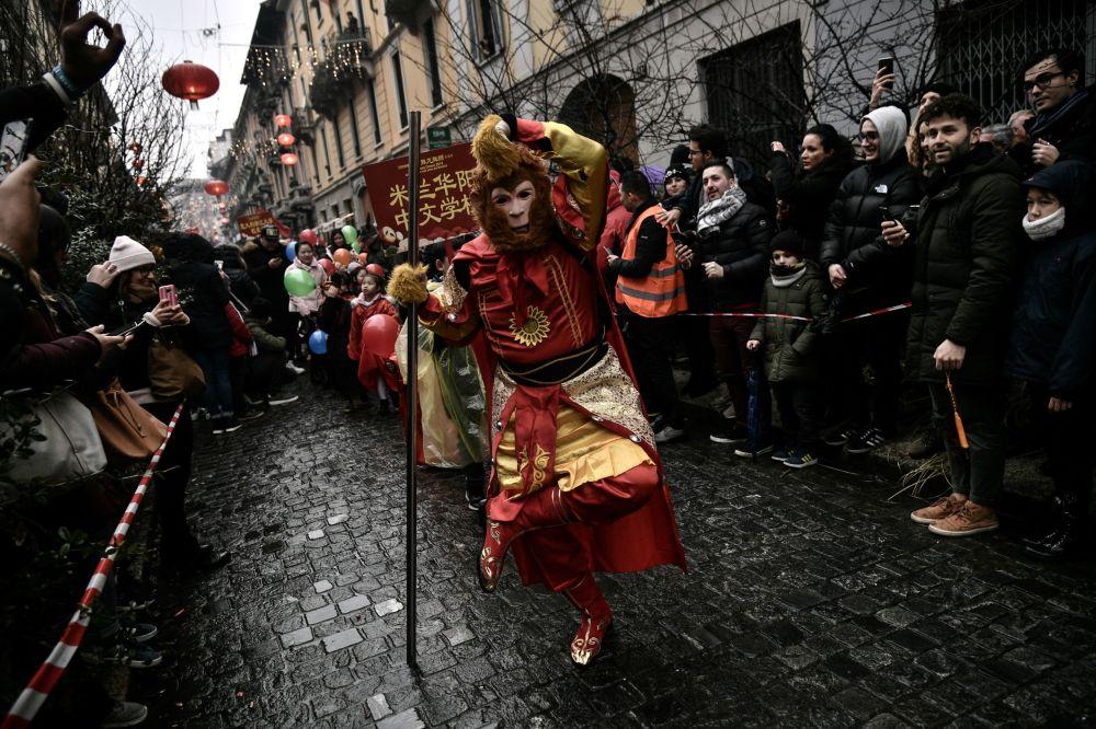 Clebración del Año Nuevo chino en Milán.