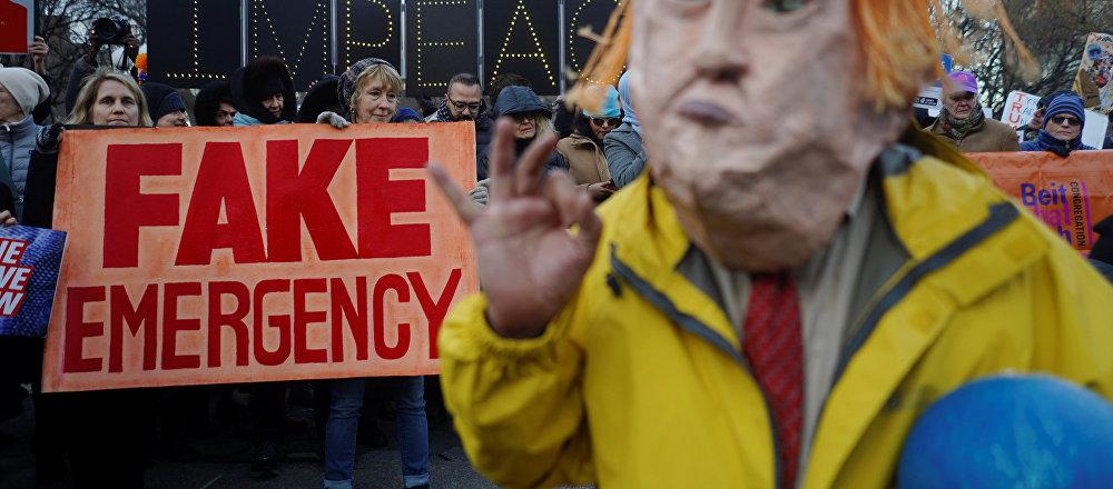Protestas en Nueva York por el estado de emergencia convocado por el presidente Donald Trump en EEUU