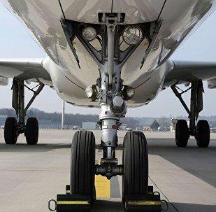 El tren de aterrizaje de un avión (imagen referencial)