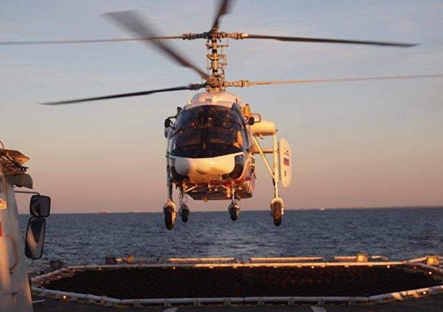 Un helicóptero Ka-226T