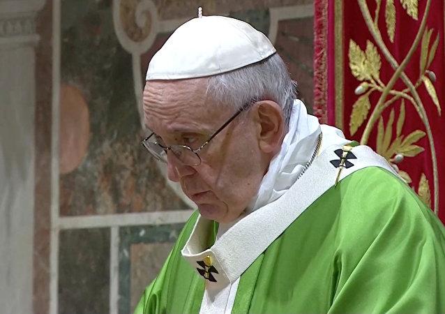 El papa Francisco durante el último día de la cumbre contra abusos sexuales en el Vaticano
