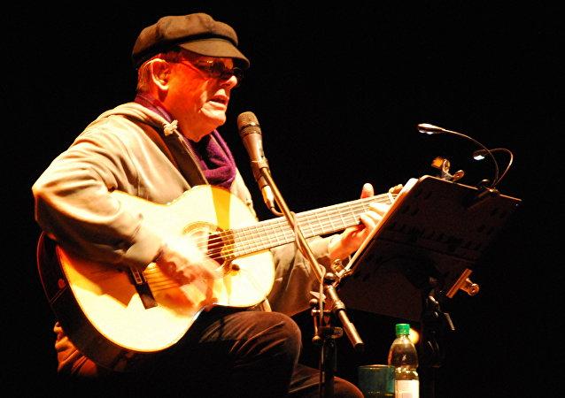 Silvio Rodríguez, cantautor cubano