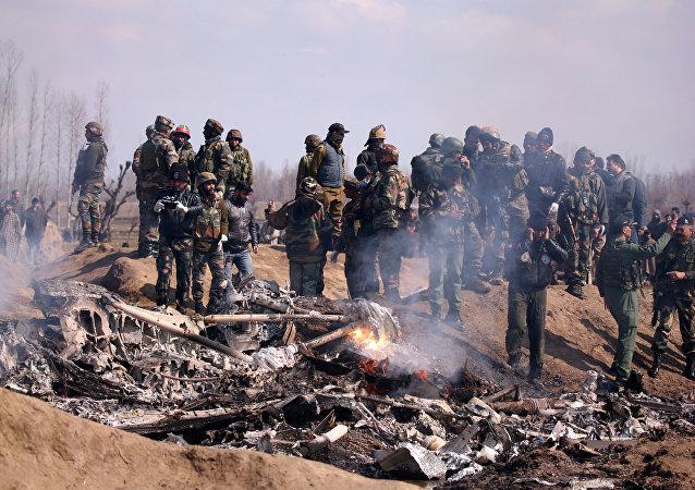 Siniestro de un avión de las Furzas Aéreas de la India en Cachemira