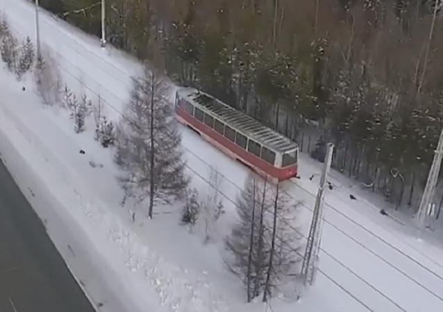 Magia invernal: la ruta de tranvía más hermosa está en Siberia