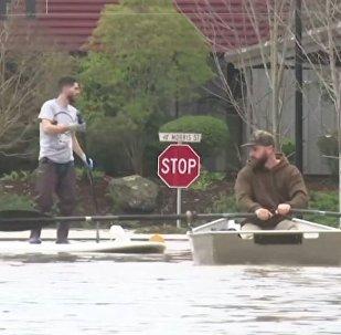 '¿Russia did it?' Un río 'ruso' inundó 2.000 casas en EEUU