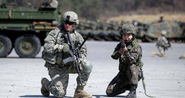 Ejercicios militares conjuntos de EEUU y Corea del Sur (archivo)