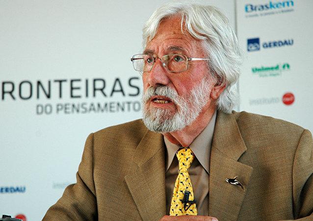 Jean-Michel Cousteau, investigador oceánico