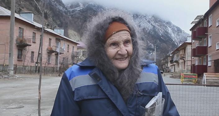 Esta anciana recorre 48 kilómetros al día para llevar cartas a una aldea perdida en Rusia