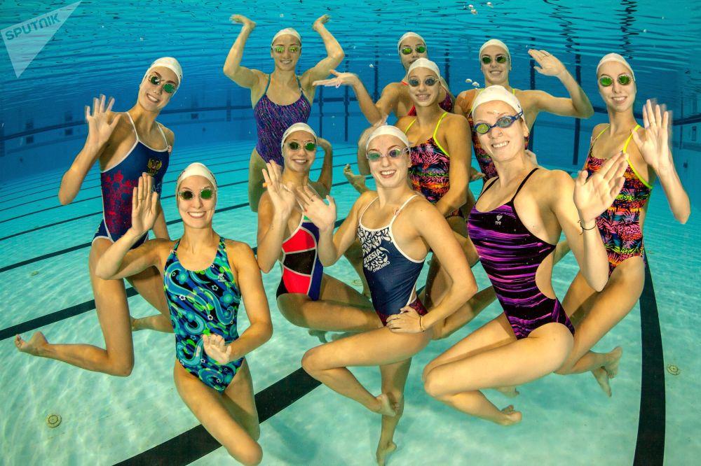 ¡Como peces en el agua! Así se entrena el equipo femenino ruso de natación sincronizada
