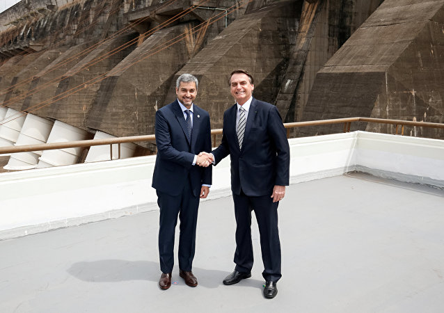 El presidente de Paraguay, Mario Abdo Benítez y el presidente de Brasil, Jair Bolsonaro