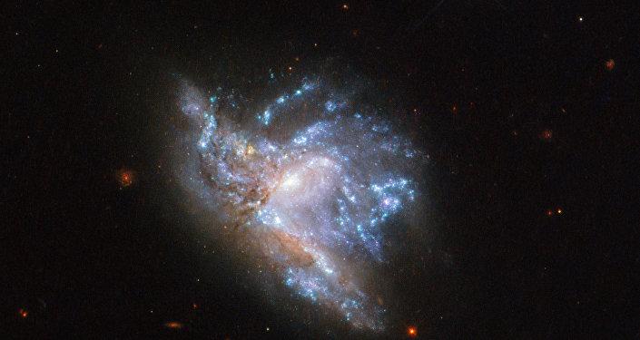 Dos galaxias de la constelación de Hércules colisionan