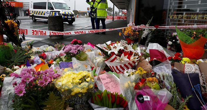 Los vecinos de Christchurch depositaron ofrendas florales por los fallecidos en los ataques neonazis que tuvieron lugar en la ciudad