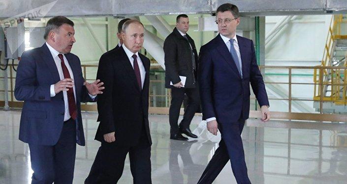 El presidente de Rusia, Vladímir Putin, inaugura las centrales térmicas crimeas de Balaklava y Táuride