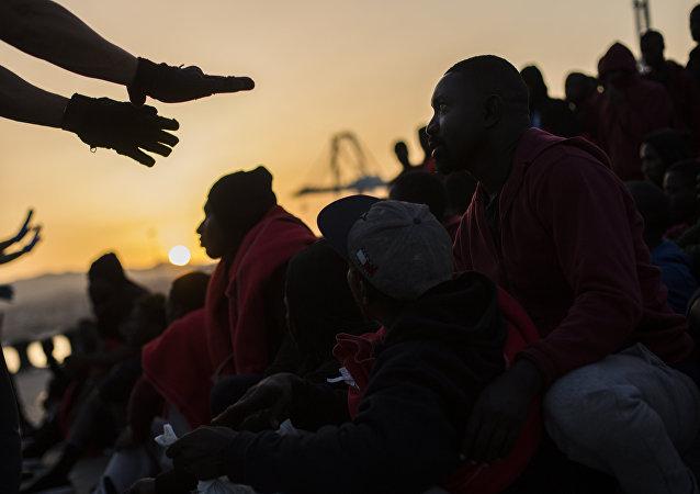La llegada de los migrantes a España