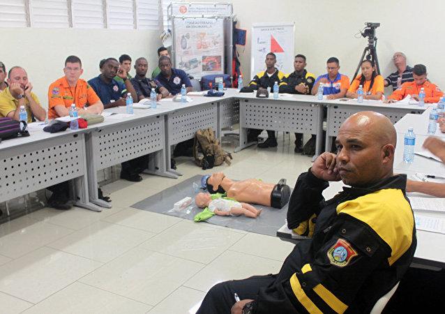 Bomberos de 14 países se adiestran en Cuba con asesoría rusa en Curso de Rescate Integral