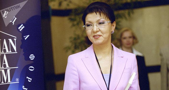 Dariga Nazarbáeva, la hija mayor de Nursultán Nazarbáev (archivo)
