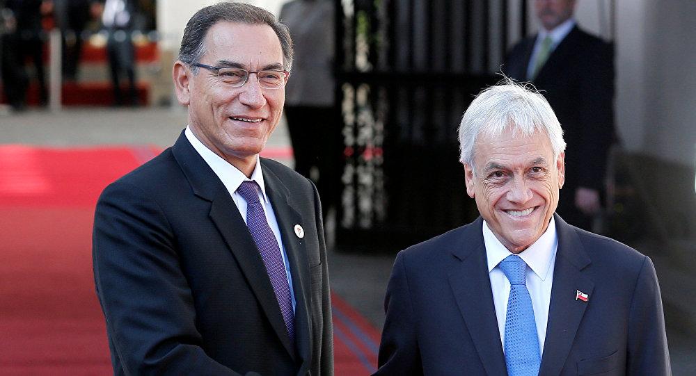 El presidente de Chile, Sebastián Piñera, con el presidente de Perú Martin Vizcarra