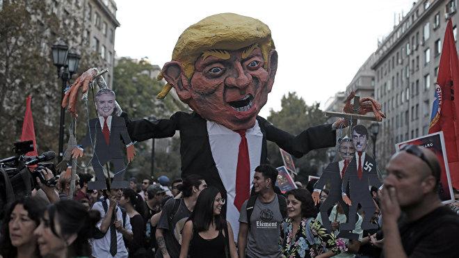 Marcha de protesta en contra del Foro Prosur en Santiago (Chile), el 22 de marzo de 2019