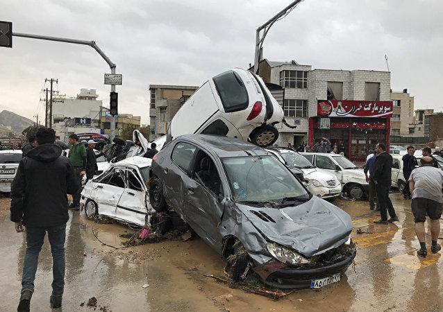 Consecuencias de inundaciones en la ciudad de Shiraz, Irán (archivo)