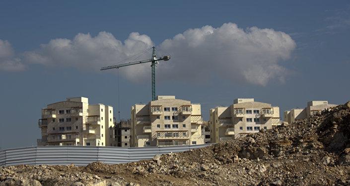 Construcción de viviendas para colonos judíos