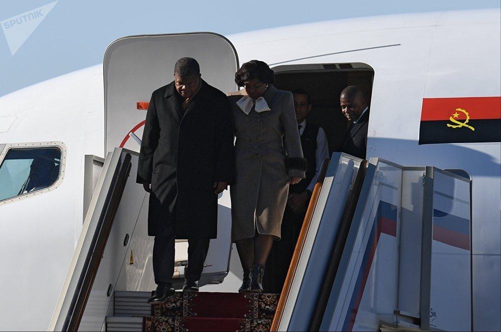 El presidente de Angola llega a Rusia