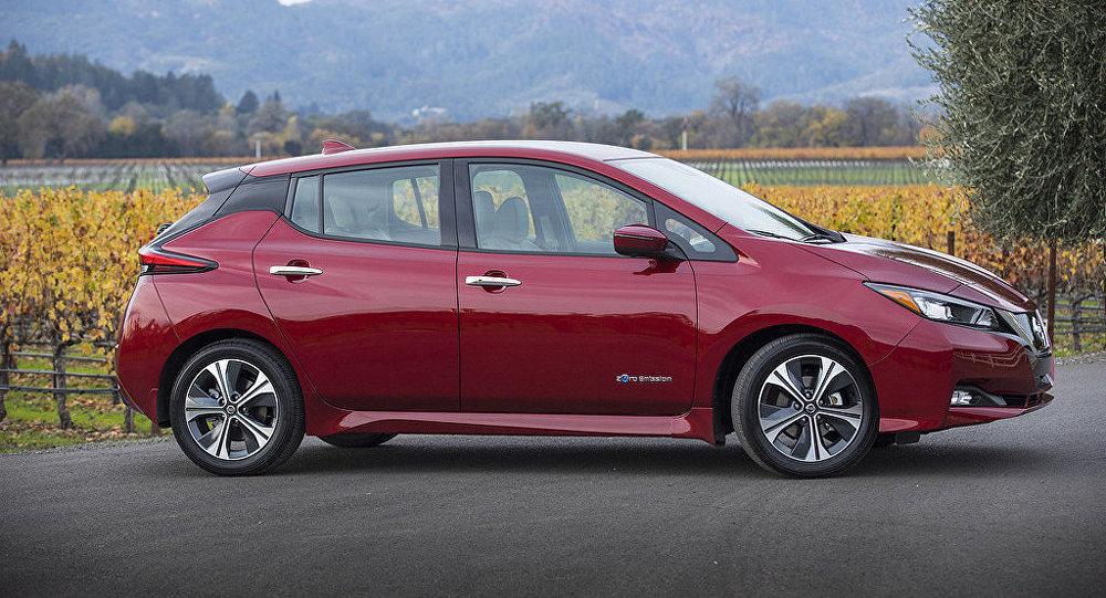 Auto Nissan Leaf