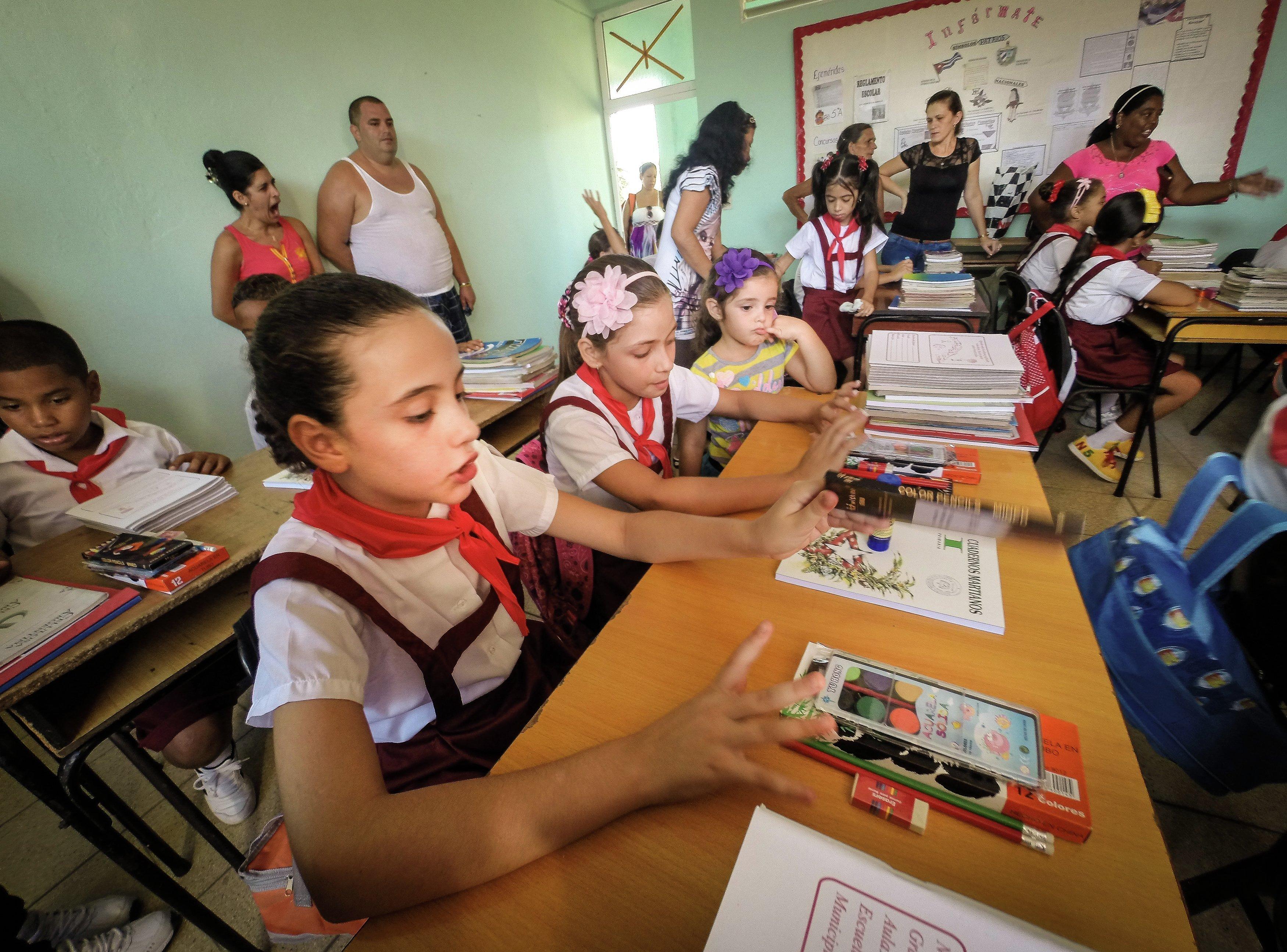 Inicio de curso en una escuela de La Habana