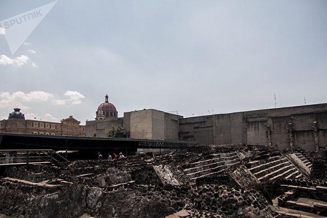 Ciudad de México: Los restos de las capas de las pirámides que forman el Templo Mayor