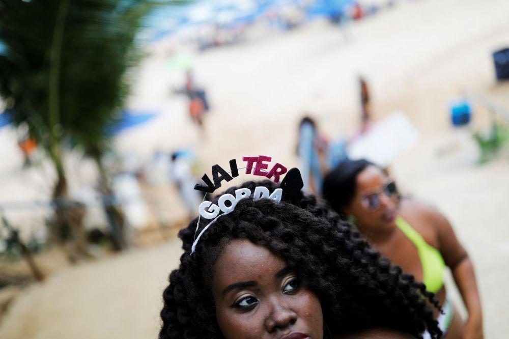 Mujeres de talla grande protestan contra la gordofobia en Brasil: 'Voy a ser gorda'
