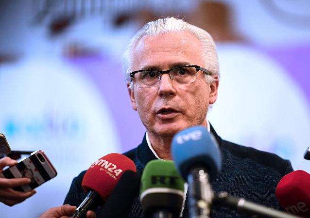 Baltasar Garzón, coordinador internacional de la defensa de Julian Assange