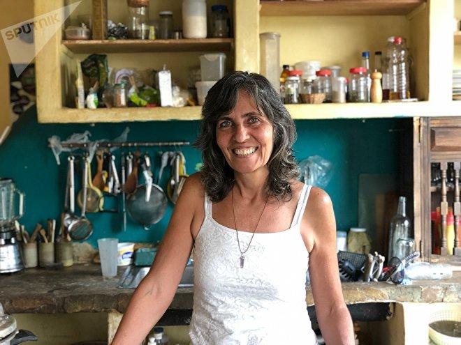 Tamara es doula: en su casa, han ocurrido cinco partos naturales, y cada 15 días se reúne con las embarazadas para el prenatal