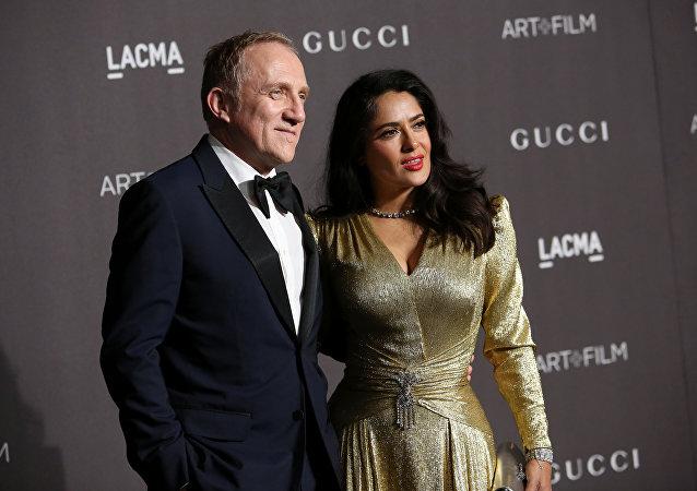 Francois-Henri Pinault con su mujer, Salma Hayek